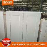 Estilo clásico pintado de blanco la puerta de cristal armarios de cocina