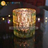 質のクリスタルグラスの蝋燭ホールダー