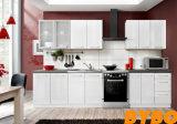 Neuer moderner hoher glatter hölzerner Schrank der Küche-2017 (BY-L-06)