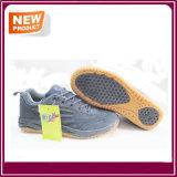 Chaussures occasionnelles sportives d'espadrilles neuves de mode à vendre