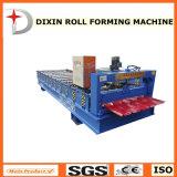 機械を形作る壁のボードロール