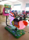 As crianças a Cavalo passeios de giro com moedas cavalo 3D