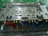 自動車シールのラジエーターのボルスタプラスチック注入型