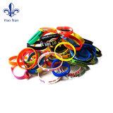 Elastico su ordinazione del braccialetto del silicone di prezzi di fabbrica/