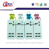 4개의 USB 비용을 부과 포트를 가진 힘 지구 그리고 전력 공급