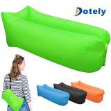 Bâti campant gonflable rapide de sac de couchage d'air de sofa portatif pourpré