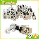 Porte-clés fait sur commande de vente chaud en gros en métal avec le trousseau de clés de marque de véhicule de logo de véhicule, promotion bon marché d'usine de Professiona d'usine