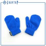 2016のニットのキッド革の手袋は暖かい手袋をかぎ針で編む