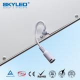 En el techo interior de la luz de panel de LED con alta calidad 40W 595x595mm