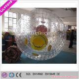 Los niños y adultos bola Zorb inflables utilizados con fines comerciales.