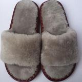 Pantoffels van het Bont van het Lam van de Pantoffels van de Schapehuid van de Winter van de fabriek de In het groot voor Vrouwen