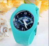 Plastikfall-und Band-Japan-Bewegungs-wasserdichte Digitaluhr-Handphantasie-Uhren