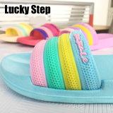 Quatre couleurs d'EVA Chaussures femmes