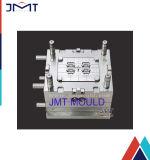 Modelagem por injeção plástica da ATAC do automóvel bem-desenvolvida
