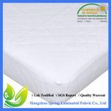 Pista de colchón impermeable acolchada y ajustada del pesebre