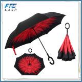大きい逆にされた昇進の傘まっすぐな雨夏の傘