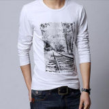 T-shirt imprimé à manches longues imprimé à manches longues