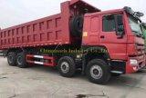 Camion utilizzato 8X4 dell'autocarro con cassone ribaltabile di HOWO con 12 rotelle