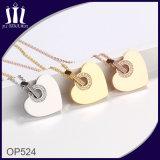 Nuevo diseño de cuello de Rhinstone corazón colgante de oro