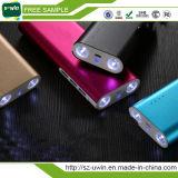 Drei Energien-Bank der USB-Kanal-8000mAh mit grellem Licht