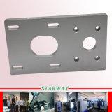 Hohe Präzisions-Aluminium zerteilt CNC, der mit CNC-Metallmaschinell bearbeitenden Aluminiumteilen für Selbstersatzteile maschinell bearbeitet