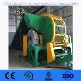 Il pneumatico che ricicla il macchinario, doppia trinciatrice dell'asta cilindrica, camion gomma la trinciatrice