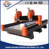 Alto costo de la puerta de madera eficaz máquina de corte grabado haciendo