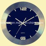 Horloge de mur en aluminium de bâti dans le modèle de qualité pour la décoration à la maison