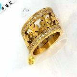 女性のための卸し売りハンドメイド型の宝石類の一義的で贅沢なリング