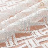 Les tissus en soie de garniture de lacet de lait de L20012 130cm vendent en gros en roulis