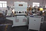 Máquina de corte de produtos plásticos