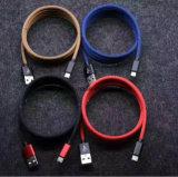 Cabo cobrando dos dados coloridos do USB 2.1A para o iPhone Andriod