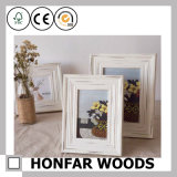 Frame de retrato ereto natural personalizado da madeira contínua