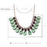Las mujeres de piedra de cristal collar de cristal de agua de cristal verde Collar de forma