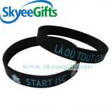 Wristband poco costoso all'ingrosso su ordinazione del silicone