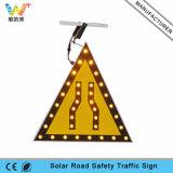 주문을 받아서 만들어진 알루미늄 호박색 번쩍이는 LED 가벼운 태양 교통 표지