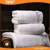 Les serviettes de bain couleur de haute qualité 100% coton pour l'hôtel (DPF060805)