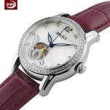 Nouveau Bracelet en cuir d'arrivée montre à quartz saphir