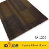 El respaldo de betún máquina hecha montón alfombra alfombra