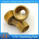 CNC che lavora CNC alla macchina che macina CNC che gira servizio di CNC del tornio di CNC