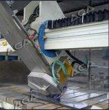 A ponte de mármore do granito viu com o de controle remoto sem fio para partes superiores contrárias de fabricação de cozinha