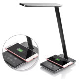 Lámpara de escritorio al por mayor del LED con el cargador sin hilos, producto promocional