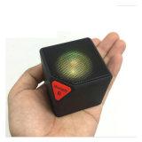 Il mini FM altoparlante senza fili radiofonico del cubo di modo il LED supporta il USB di TF per musica/chiamata