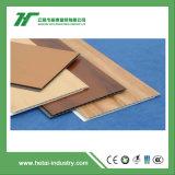 El panel de pared impermeable respetuoso del medio ambiente del PVC del material WPC