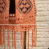 Cardigan arancione dei lavori o indumenti a maglia del bordo della frangia del V-Collo