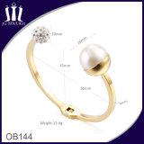 18CT Rose Goldgeöffnete eingehängte Stulpe mit Faux-weißer Perle und pflastern gesetzte CZ