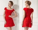 Dame-Form-Verband-Kleid mit quadratischem Stutzen-Kurzschluss-Hülselacework-Kleid