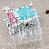 عالة ورقيّة [جفت بوإكس] صيغية داخليّة بلاستيكيّة مع يعبر صندوق