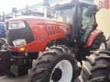 Les machines agricoles 185 HP tracteur de ferme avec chargeur frontal