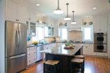 Gabinete de cozinha de madeira elegante agradável do PVC da mobília de Quailty